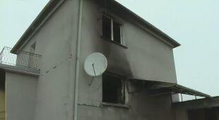 Pożar domu po uderzeniu pioruna